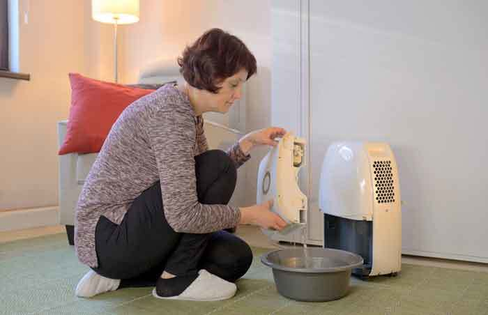 Should A Dehumidifier Run All The Time Constantly?